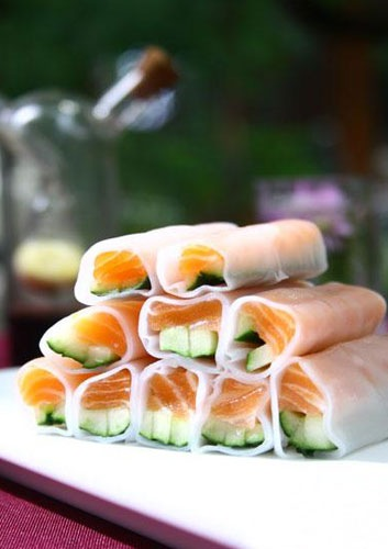 Salmon Cucumber Rock Roll