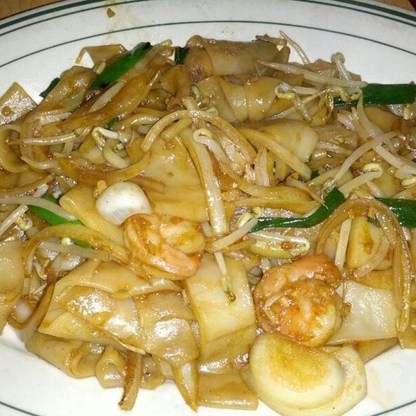 Shrimp ho fun
