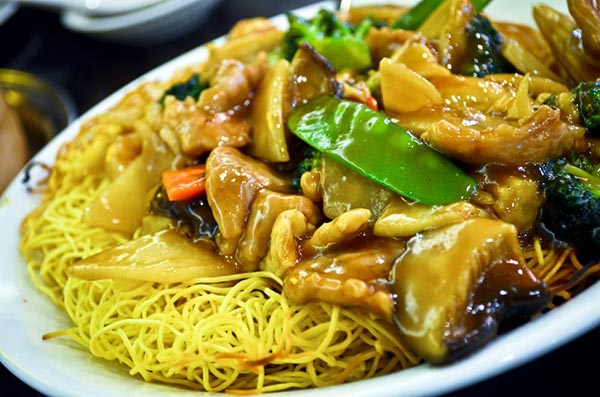 Chicken pan-fried noodle