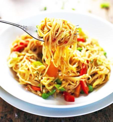 Vegetable Singapore noodle