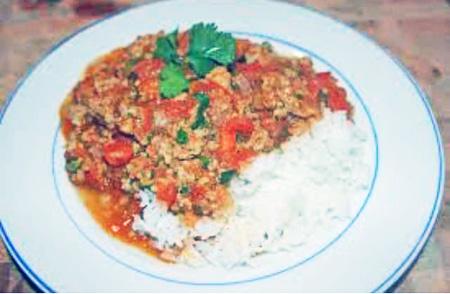 Ketchup beef rice
