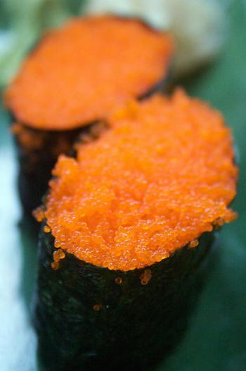 tobiko-sushi-205